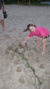Kassidy Crowns her Castle Creation!